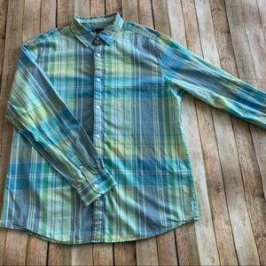Gap plaid casual button down shirt   size XL